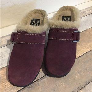 Plum Boots AJ Valenci Size 7.5M